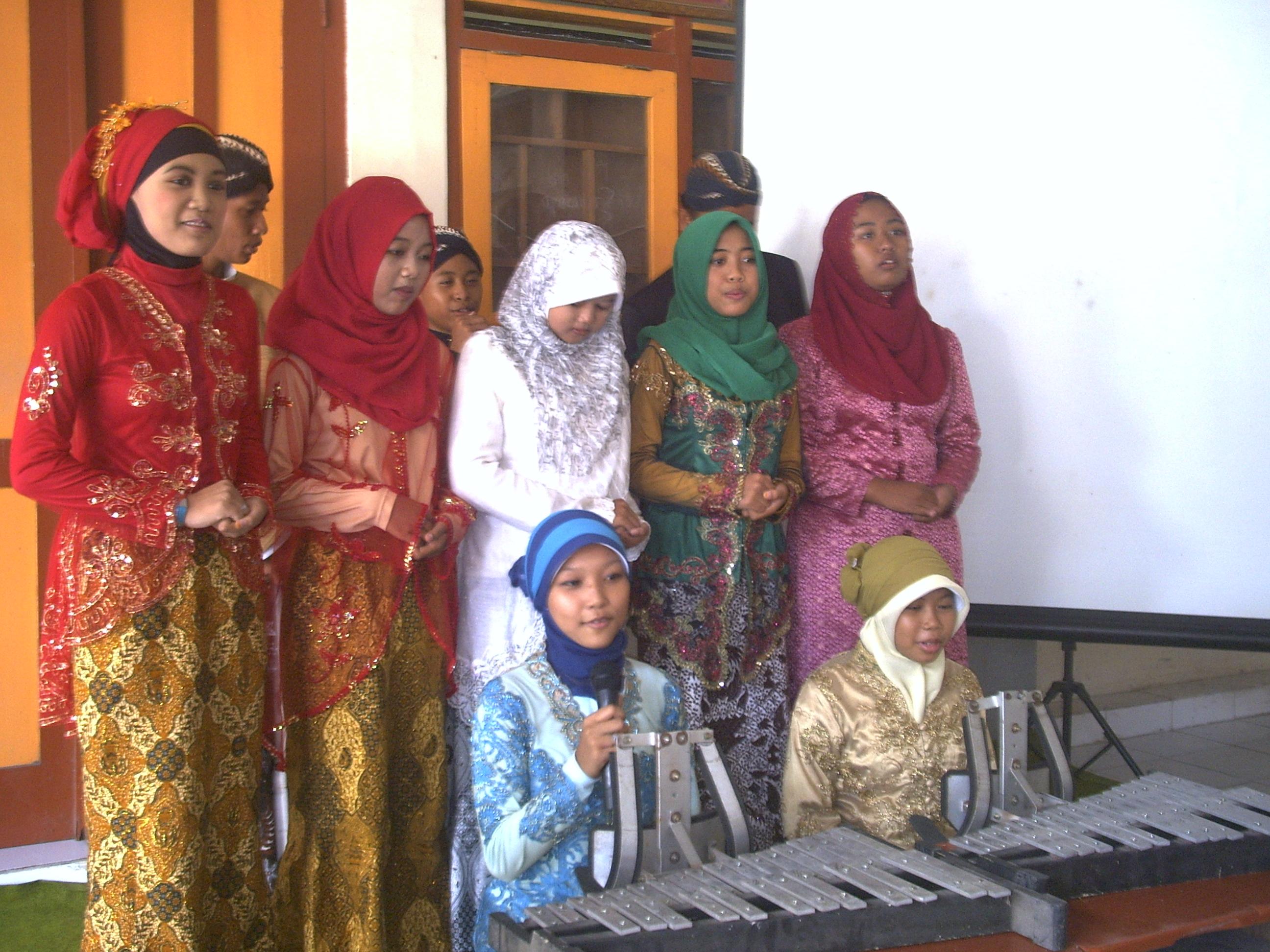 Lomba Nyanyi Jawa
