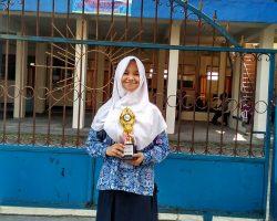 Juara Lomba Tilawaul Qur'an Remaja Puti